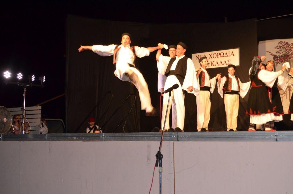 Εκπληκτική η χορευτική βραδιά της Νέας Χορωδίας στο Ανοιχτό!