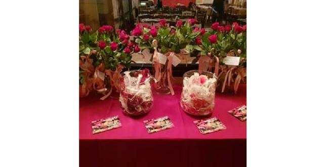 Οι σαράντα ντουζίνες τριαντάφυλλα του βουλευτή!