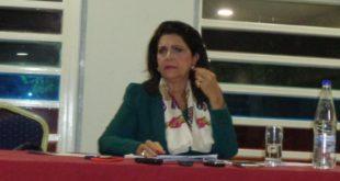 Άνετη κι αισιόδοξη στην συνέντευξη τύπου η κα Ρόδη Κράτσα