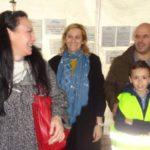 Γιορταστικό το παγοδρόμιο για μικρούς και υποψηφίους