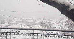 Στα λευκά ξύπνησε η ορεινή Λευκάδα
