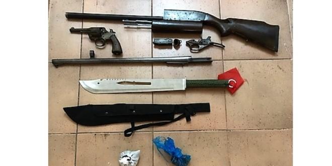 Συνελήφθη 26χρονος για όπλα και ναρκωτικά στη Λευκάδα