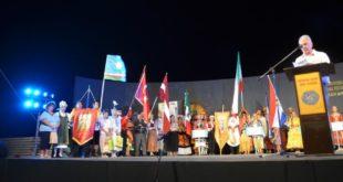 Η τελετή λήξης του Φεστιβάλ: Μέρος Α΄ ο χορός της Ειρήνης