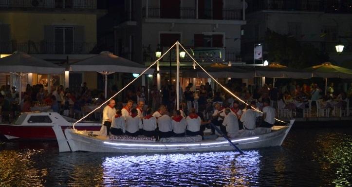 Παραδοσιακή βαρκαρόλα από την Νέα Χορωδία Λευκάδας