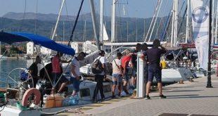 Συνελήφθησαν διακινητές και μετανάστες σε σκάφος