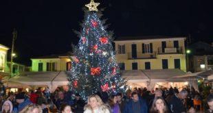 Πρόσκληση του Δημάρχου για τον Χριστουγεννιάτικο διάκοσμο