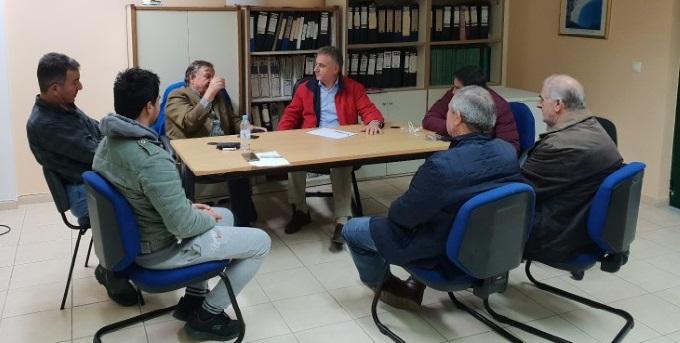 Συνάντηση του βουλευτή με τοπικούς παράγοντες στην Βασιλική