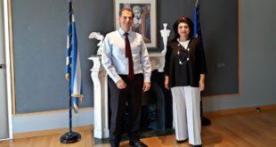 Συνάντηση της Περιφερειάρχου με τον υπουργό Τουρισμού