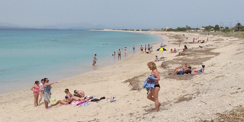Το πρώτο 30άρι έστειλε κόσμο στην παραλία!