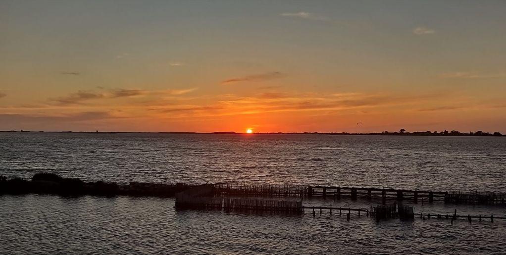 Η φωτο της εποχής: Η Δύση ηλίου στο Θερινό Ηλιοστάσιο