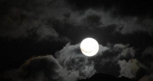 Ψυχρή πανσέληνος: Τελευταίο λαμπερό φεγγάρι του 2020