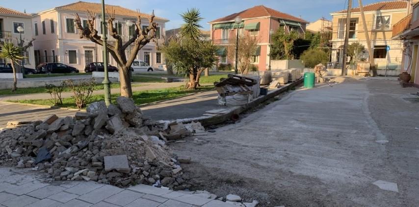 """Πως η πλατεία Ζαμπελίων """"έφαγε λάχανο"""" της Άρτας το γεφύρι!"""
