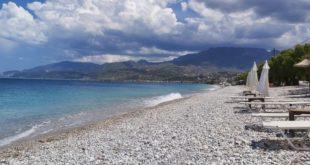 """""""Μαχαίρι"""" και φέτος στα έσοδα των Δήμων απ΄ τις παραλίες"""
