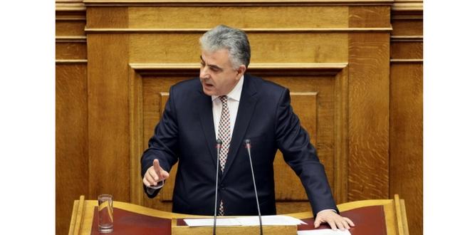 Ομιλία βουλευτή στην Βουλή κατά της γραφειοκρατίας