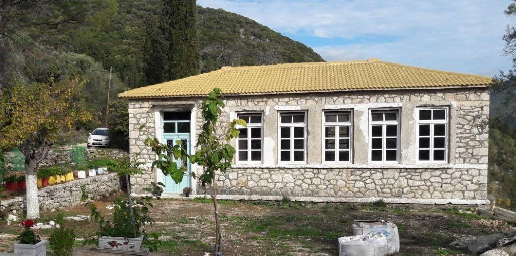 Επισκευή και αναβάθμιση του π. Δημοτικού Σχολείου Νεοχωρίου